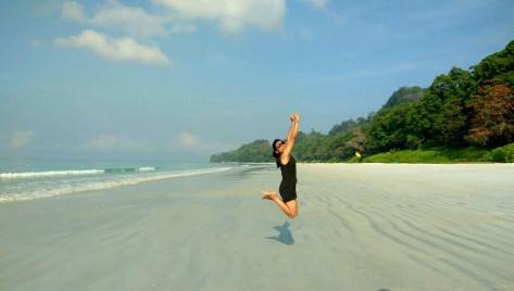 Radhanagar_beach (5)